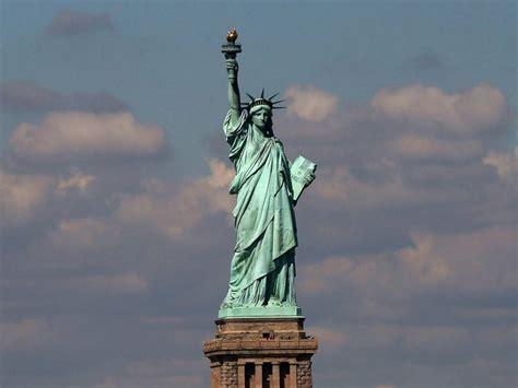 era musulmana la statua della liberta era musulmana nacque come