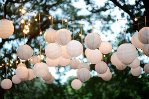 Outdoor Paper Lantern Lights Paper Lanterns For Weddings A Trusted Wedding Source By Dyal Net