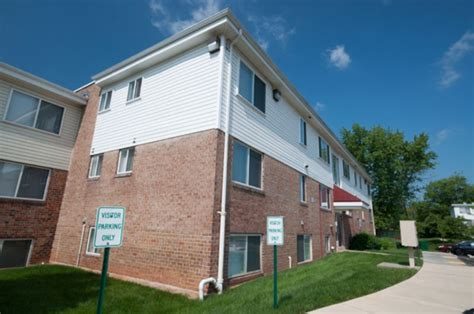 3 bedroom apartments in baltimore cherrydale apartments baltimore see pics avail