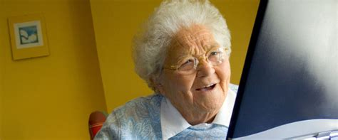 Old Woman Meme - image gallery old woman computer meme
