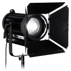 fotodiox takes led to tv market with new fresnel