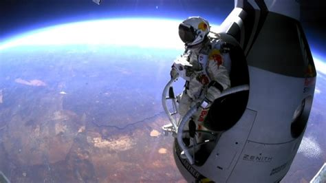 space dive executive alan eustace shatters baumgartner s