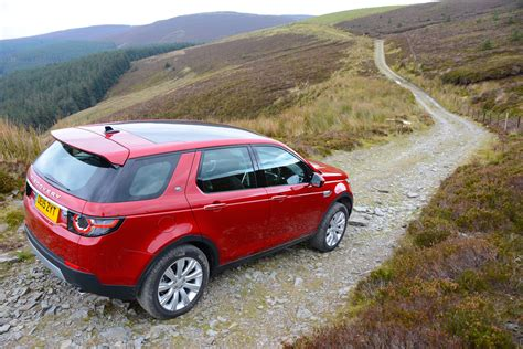 land rover discovery co2 emissions land rover discovery sport review greencarguide co uk