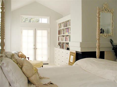 10 things to try in the bedroom 10 bedroom trends to try hgtv