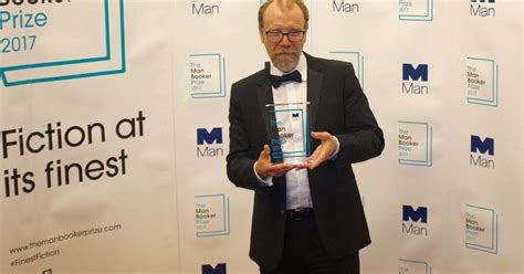 1408871777 lincoln in the bardo winner man booker prize 2017 george saunders wins for lincoln