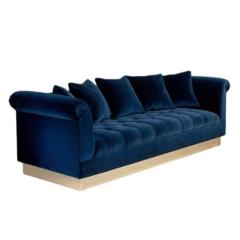 navy blue velvet couch 25 best ideas about button sofa on pinterest velvet