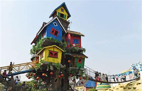 Coolest Treehouse In The World 10 maisons dans les arbres incroyables
