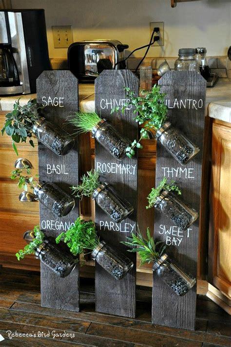 Vertical Herb Garden Diy Best 25 Vertical Herb Gardens Ideas On Pallet