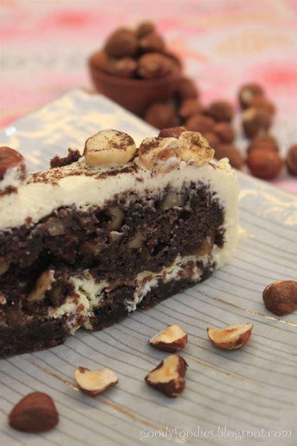 Kryolan Cake Make Up 4 W 40 Gr goodyfoodies recipe chocolate and hazelnut brownie cake