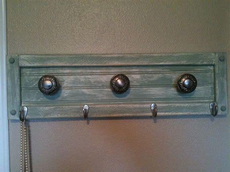 Antique Door Knob Coat Rack by Pin By Countrycraftsbydebbi On Antique Door Knobs