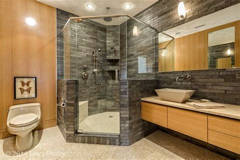 Bathroom Remodeling Ideas For Small Spaces Rustic 3 4 Bathroom With Handheld Shower Head Amp Limestone