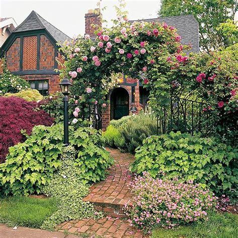 25 best ideas about tudor cottage on tudor