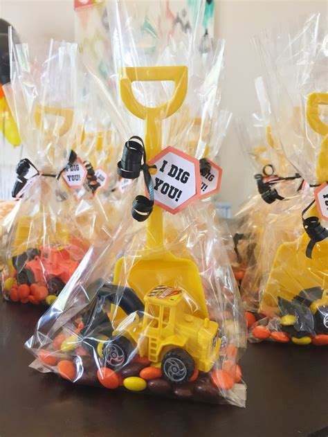 Birthday Party Giveaways Ideas - best 20 shovel ideas on pinterest shovel decor shovel craft and scrap metal art