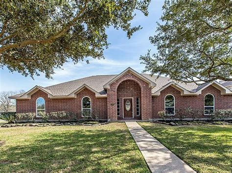 houses for sale friendswood tx friendswood tx single family homes for sale 200 homes zillow