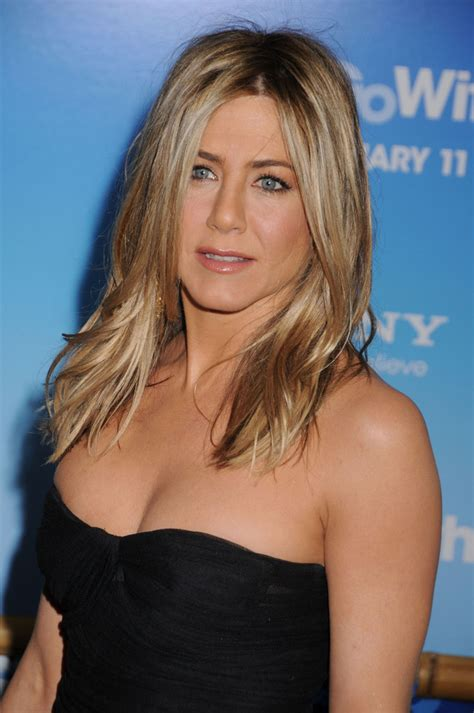 Anistons New by Aniston Photos Photos New York Premiere Of