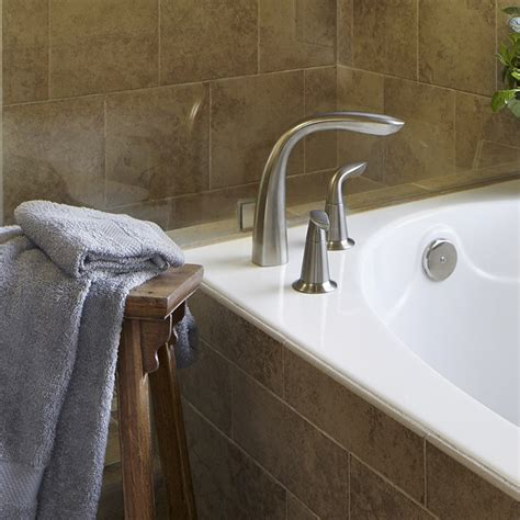 buying a tub faucet bathtubs whirlpools and air baths buying guide
