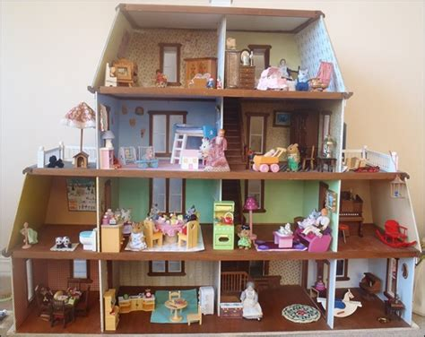 calico critters doll house julia s bookbag the calico critter hotel dollhouse