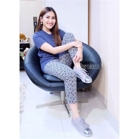 Adidas Superstar Ayu Ting Ting who is ayu ting ting the superstar s rise to
