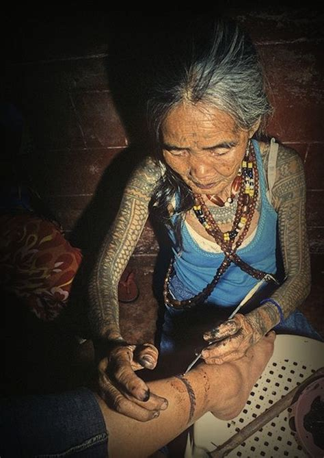 kalinga tattoo 25 best ideas about tribal tattoos on