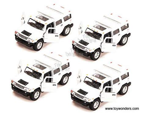 Kinsmart 2008 Hummer H2 Suv 139 White 2008 hummer h2 suv by kinsmart 1 40 scale diecast model