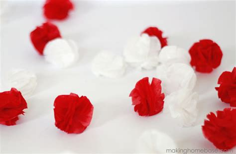 How To Make Tissue Paper Pom Pom Garland - diy mini tissue pom garland