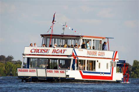 boat ride yarrawonga yarrawonga accommodation family holiday yarrawonga