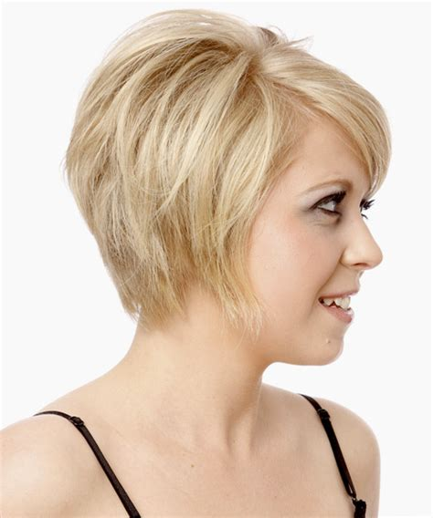 short layered bob sides feathered back layered feathered haircuts images frompo