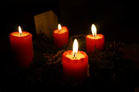 christmas wallpapers  background images    candle pictures