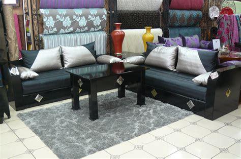 salon canapé marocain salon bordeau et beige