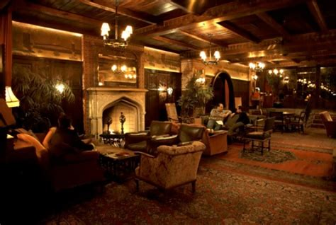 Fireplace Bars by The 13 Best Bars With Fireplaces In Nyc Wedding York