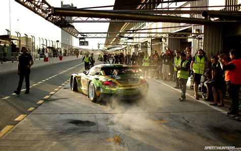 Cing Pits bmw z4 race car pit racing track wallpaper 1920x1200 31753 wallpaperup