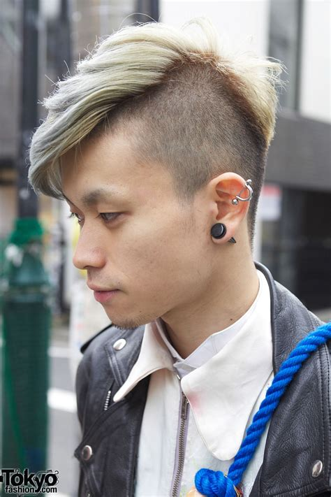 pictures of hair with shaved from ear down and in back shaved long hair w ear stud and silver earring japan