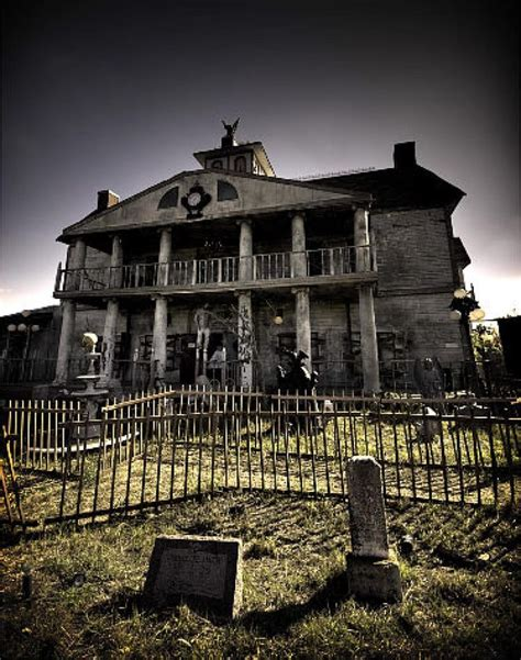 Dallas Haunted Houses by 274 Best Abandoned Houses Images On Castle Beautiful And Doors