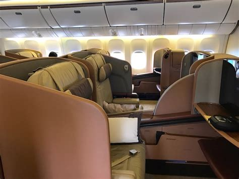 boeing 777 cabin review singapore airlines class 777 300 jakarta