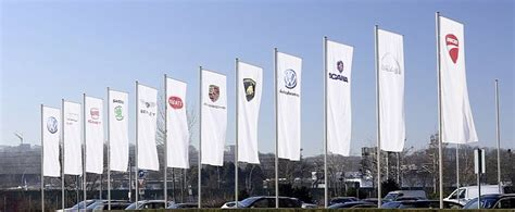 volkswagen group headquarters volkswagen leaders criticized by world s biggest wealth