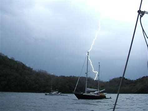 aluminum boats and lightning how to protect you and your boat against lightning strikes