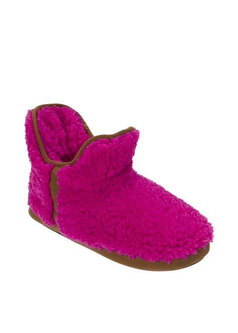 pink dearfoam slippers dearfoams s pink pile bootie slipper shop