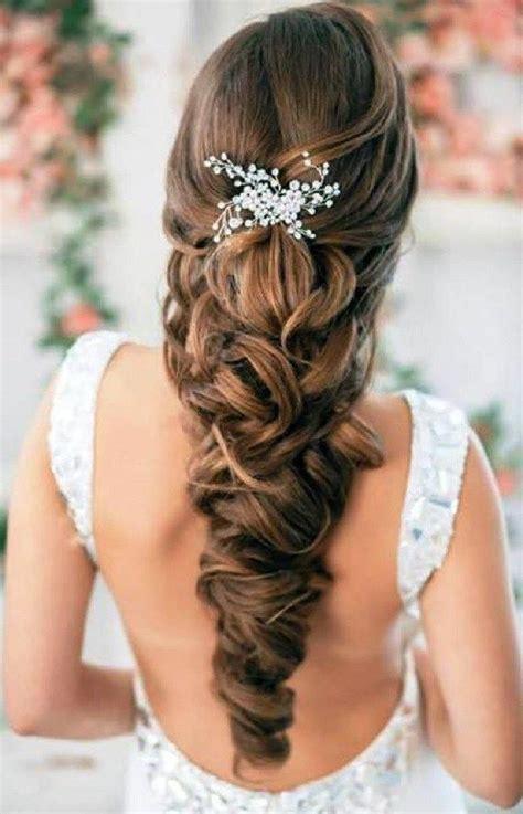 braut flechtfrisuren hochzeitsfrisur flechtfrisuren lange haare haarbroschen