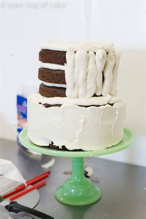 Wedding Cake Assembly by The 25 Best Wedding Cake Assembly Ideas On