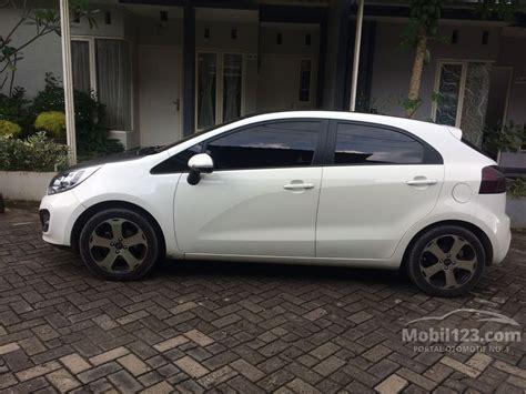 Accu Mobil Kia jual mobil kia 2012 1 4 di jawa timur manual hatchback