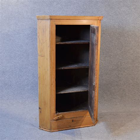 Wall Hanging Hutch Pine Corner Cupboard Wall Hanging Cabinet Antiques Atlas