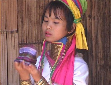 la gabbia schiave myanmar le donne giraffa leggenda di seduzione o schiave
