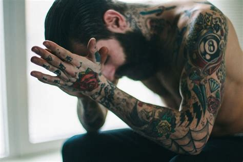 tattooed bearded couple the thinker tattoo pinterest hart tattoo the o jays