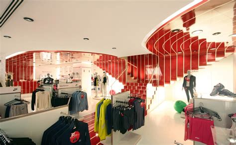store decoration what makes an optimal retail store layout merchandising