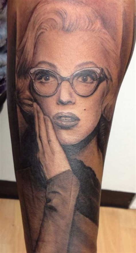 small marilyn monroe tattoos 45 iconic marilyn tattoos that will leave you in
