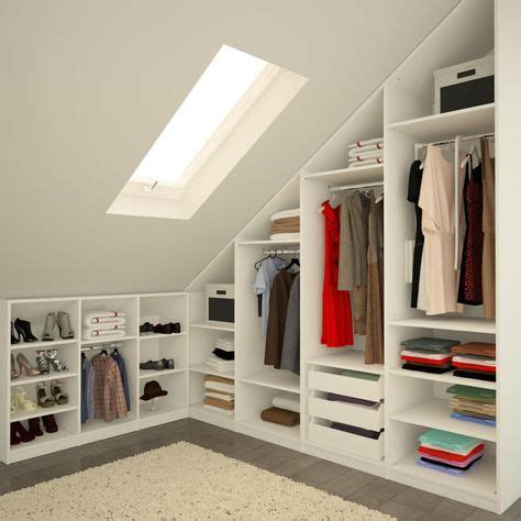 kleiderschrank unter dachschräge die besten 25 begehbarer kleiderschrank dachschr 228 ge ideen