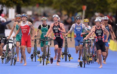 alimentazione pre mezza maratona allenamento combinato bici corsa per il triathlon