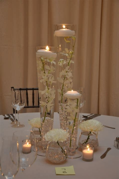 Candles In Vases For Weddings by These Simple Flowers Wedding Candle Ideas Lighting Ideas Glass
