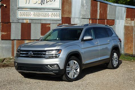 volkswagen atlas 2018 volkswagen atlas first drive super sized