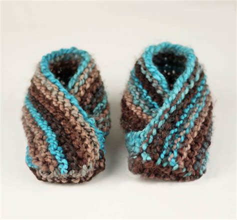 what is the easiest thing to knit for beginners world s easiest toddler knit slippers allfreeknitting
